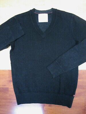 Banana Republic Hertiage Charcoal Gray Merino Wool V-Neck Sweater - Small Gray Wool V-neck Sweater