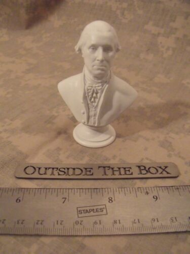 "NEW! George Washington -  Mini Bust / Statue : NEW IN BOX  3"" High / WHITE"