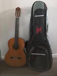 Yamaha Classical Guitar C40 with bag Burwood Heights Burwood Area Preview