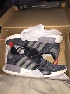 SELLING NMD R1 SIZE 10.5 Ds $300