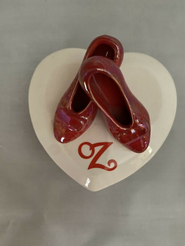 Vintage 1988 Hamilton Collectibles Ruby Red Slippers Wizard of Oz Trinket Box
