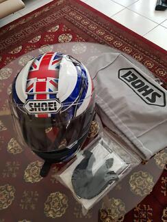 Shoei Helmet Limited edition Union Jack design (size medium )