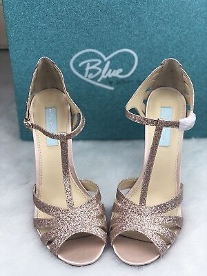 Blue by Betsey Johnson Tee Dress Holiday Sandals Champagne Sparkle Size 10