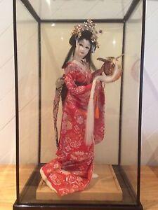 Poupée Geisha Japonaise authentique, prix négociable  Québec City Québec image 1
