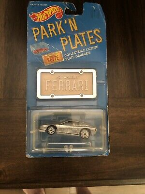 PARK 'N PLATES - FERRARI - Hot Wheels - Collectable License Plate Garages - NEW!