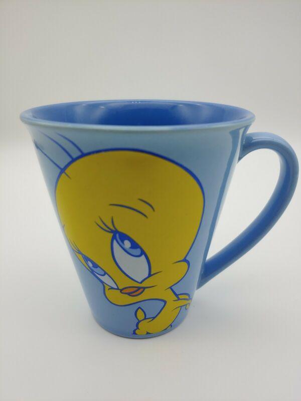 Warner Bros 98 Tweety Bird Coffee Mug 12 oz Cup I