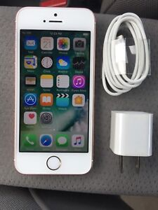 UNLOCKED IPHONE SE 16GB EXCELLENT CONDITION