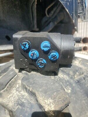 Char Lynn Eaton 291-5188-002 Steering Valve. Nos Nib