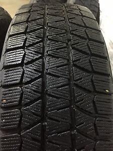 Bridgestone Blizzak Winter Tires (215/65r16)