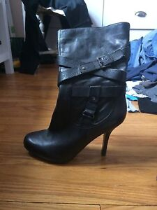 Guess mid ankle boots