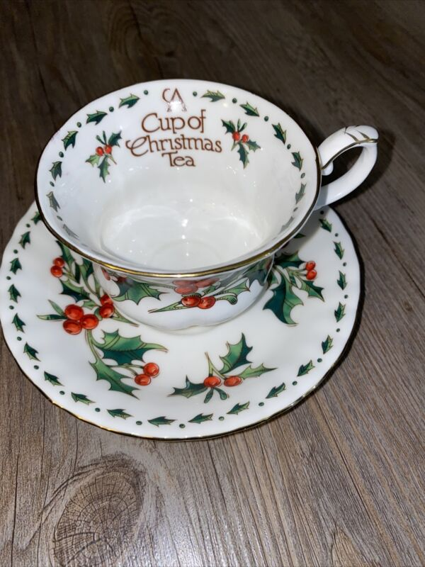 "1992 Waldman House ""A Cup Of Christmas Tea""  Bone China Cup & Saucer"