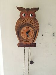 WEIGHT-DRIVEN GERMAN MOVING EYES OWL NOVELTY CLOCK - NICE !