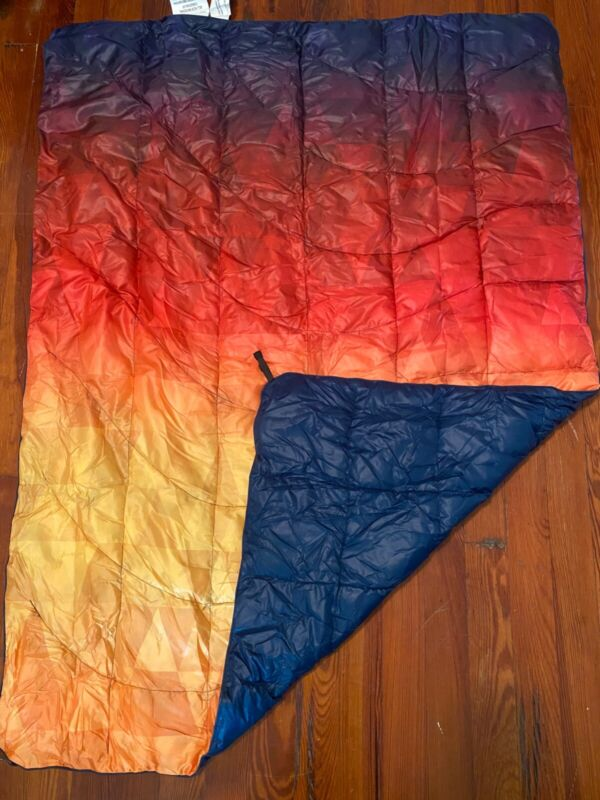 Rumpl Nanoloft Travel Puffy Blanket/Quilt in Pyro Tri-Fade for Camping/Outdoors