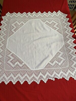 "VINTAGE FINE LINEN TABLECLOTH WITH HAND CROCHETED DEEP BORDER 37"" Square"