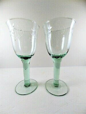 2 Green  Fish Design Wine Glasses Goblets  Tall Footed Blown Bubbles in Glass Green Wine Design