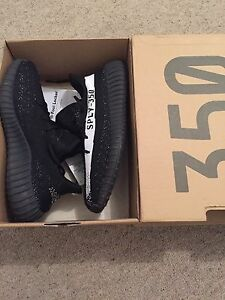 Yeezy boost 350 v2 MAKE OFFER Berwick Casey Area Preview