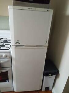 Refrigerator, ExpressCool Top mount Fridge Freezer