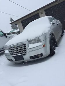 2007 Chrysler 300 Limited, Saftied