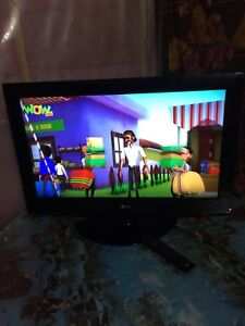 32 inch lcd excellent condition