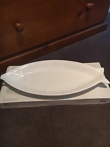 Maxwell & Williams white basics fish platter Rossmoyne Canning Area Preview