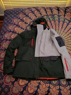 Mens Snow Jacket size XL