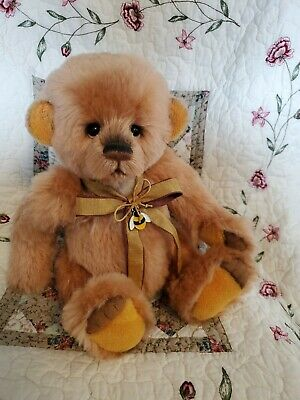 Charlie Bears Farley 2018 Isabelle Lee Collection