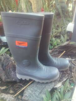 Steel toecapped BLUNDSTONES Bayswater Bayswater Area Preview
