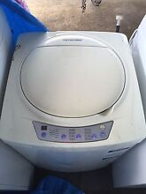 Homemaker 5kg Washing Machine Kingswood 2747 Penrith Area Preview