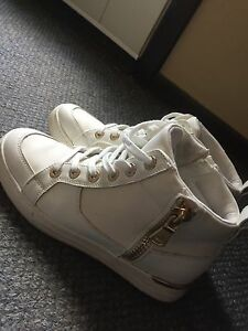 Hightop white&gold sneakers