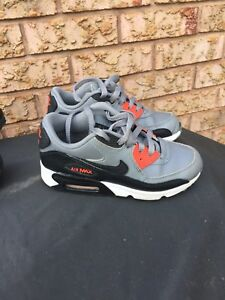 Great condition Nike Air and Nevada kids shoes