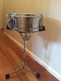 Pearl vintage snare