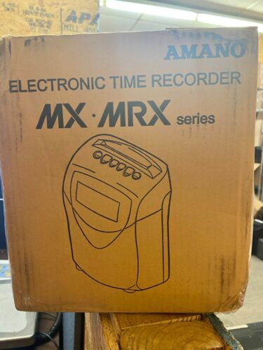 AMANO MRX-35 CALCULATING TIME CLOCK & 24 loose cards
