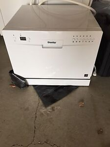 Counter top portable dishwasher