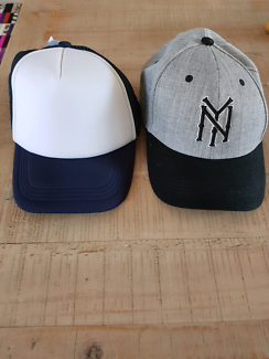 2 NEW MENS HATS