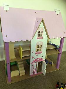 Dolls House Hamilton South Newcastle Area Preview