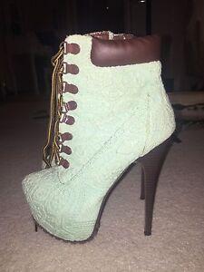 Alba Aquamarine army style high heel booties size 39 Burnside Burnside Area Preview