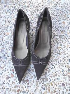 COUNTRY ROAD SERENA SUEDE PUMP SIZE 38.5 Pimpama Gold Coast North Preview