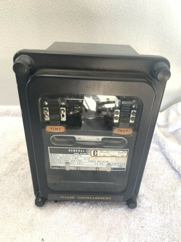 General Electric 12IAC53B104A Time Overcurrent Relay