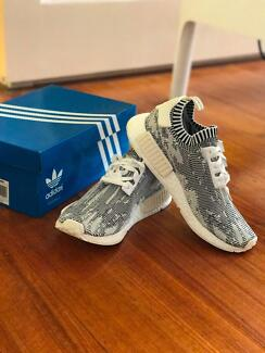 LIMITED RELEASE Brand New NMD R1 PK White Glitch Camo (US Size 9)