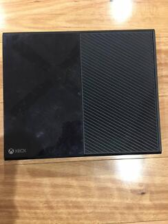 Xbox one 500g with games