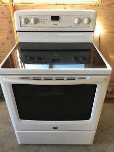 Maytag convection range