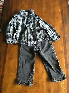 Carters boys outfits size 24 months