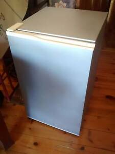 Freezer upright Somerton Park Holdfast Bay Preview
