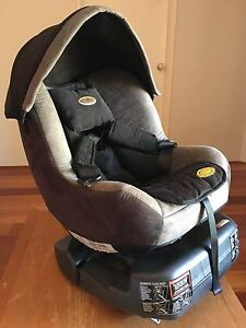 Turn a tot car seat Carramar Wanneroo Area Preview