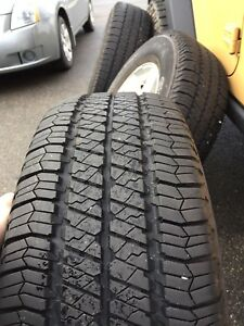 255/75/17 Goodyear wrangler SR-A tires on Jeep alloy rims