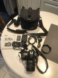 Nikon D70s Camera