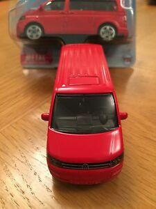Red VW Volkswagen Transporter Facelift T5 Multivan -Siku Scale Model Toy
