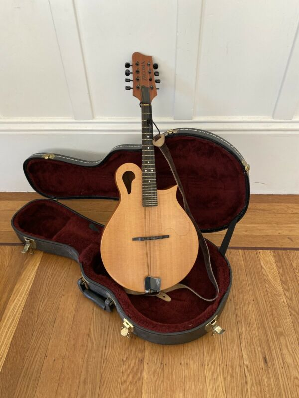 Tacoma M-1 Mandolin with Hard Case