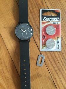 Fitness Tracker Watch (Withings Activite Pop)