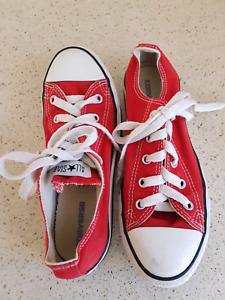 09586111985774 unisex shoes converse in Melbourne Region